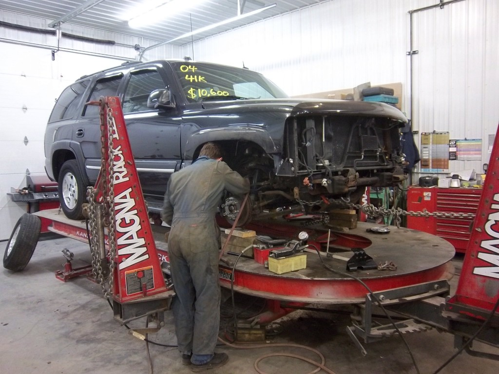 philips repairables working on vehicle