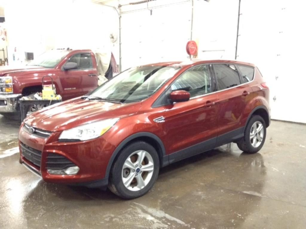 2014 Ford Escape SE AWD 2.0 L4 SE 4WD Philips Repairables