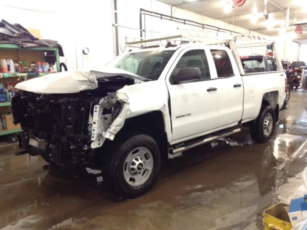 2016 Chevrolet S2500 Q/C S/B WT 4X4 6.0 V8 Work Truck Double Cab 4WD Philips Repairables