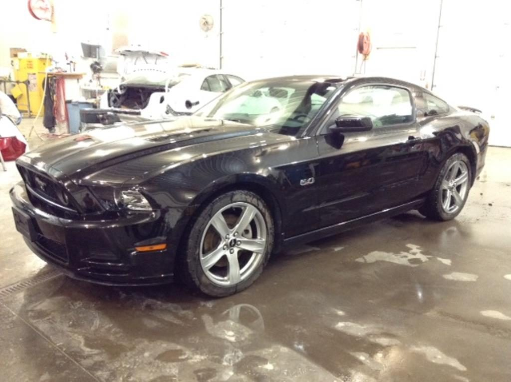 2013 Ford Mustang GT 5.0 V8 GT Coupe Philips Repairables