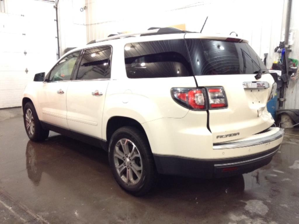 2015 GMC Acadia SLT AWD 3.6 V6 SLT-1 AWD Philips Repairables
