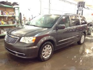 2016 Chrysler Town & Country Touring 3.6 V6 Touring Philips Repairables